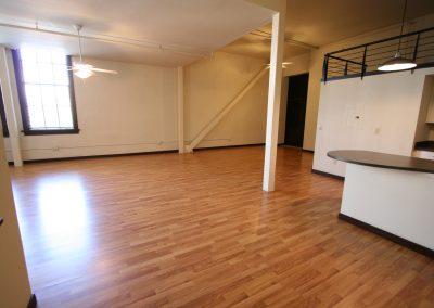 301 Central Ave NE, Loft 205